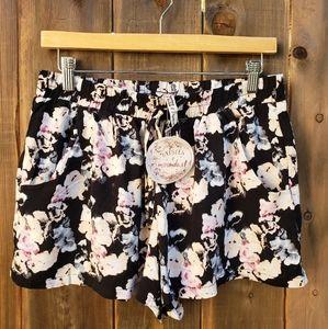 Womans shorts size XL